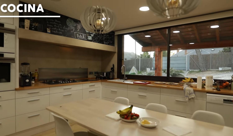 La cocina de la nueva mansión de Ibai