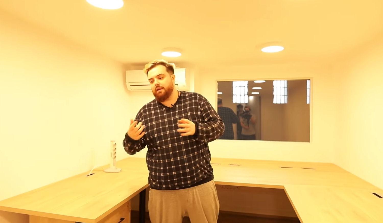 La habitación de Knekro, Illo Juan o Cristinini para hacer stream en la nueva mansión de Ibai