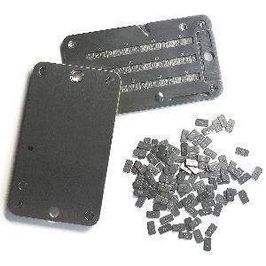 Placas de metal para guardar claves privadas de criptomonedas